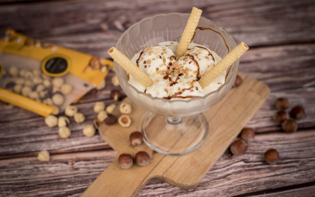 Dóna la benvinguda a l'estiu preparant un deliciós gelat casolà d'avellanes